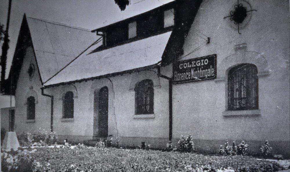 Colegio Florence Nightingale de Santiago - 1990